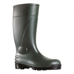 Green safety boots